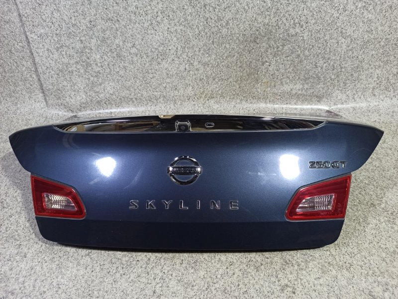 Крышка багажника Nissan Skyline V36 задняя