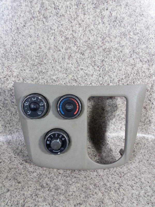 Климат контроль Toyota Passo Sette M502E