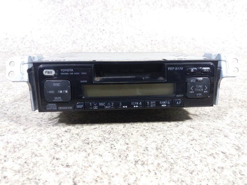 Магнитофон Toyota