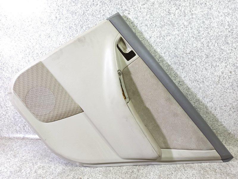 Обшивка дверей Toyota Corolla Fielder NZE121 задняя правая