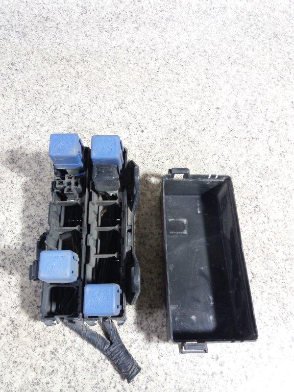 Блок предохранителей Nissan Terrano R50 VG33E #39394