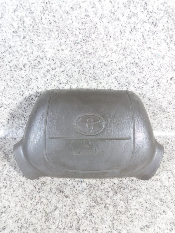 Airbag водителя Toyota Grand Hiace VCH10