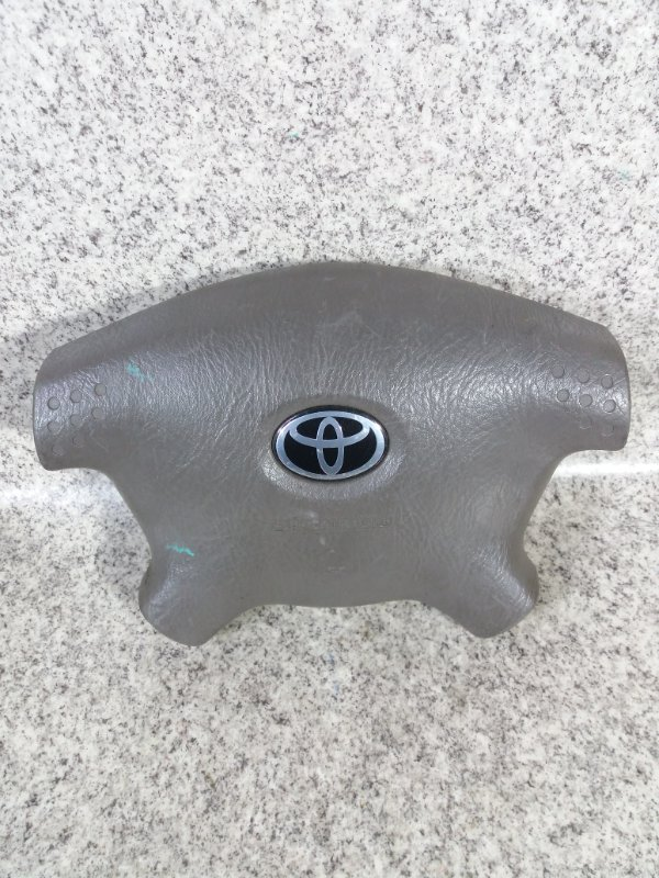 Airbag водителя Toyota Granvia VCH10