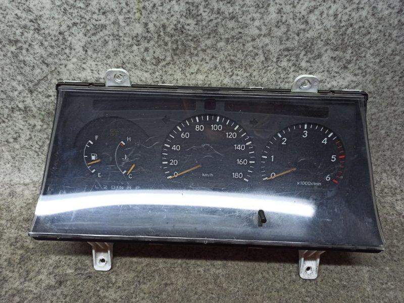 Спидометр Toyota Hiace KZH106 1KZ-TE