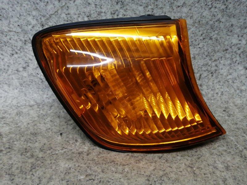 Габарит Toyota Ipsum SXM10 передний правый