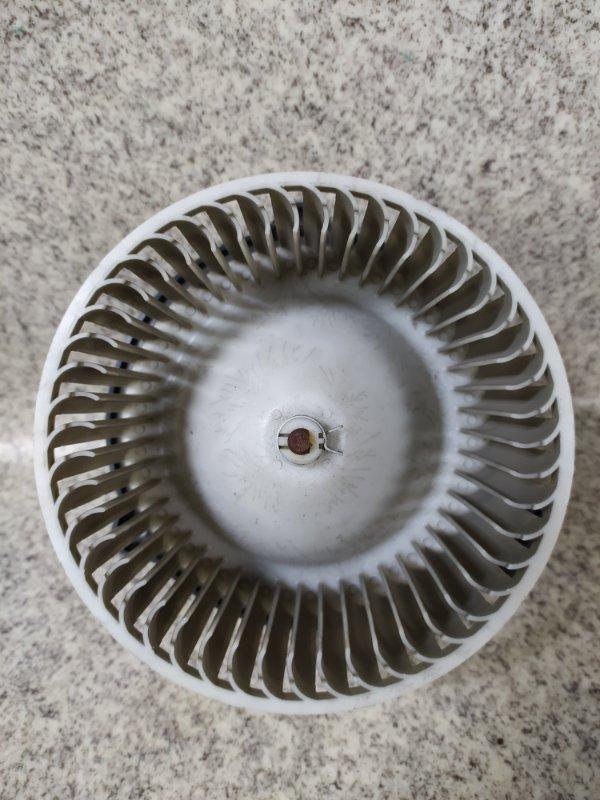 Мотор печки Mazda Atenza GY3W