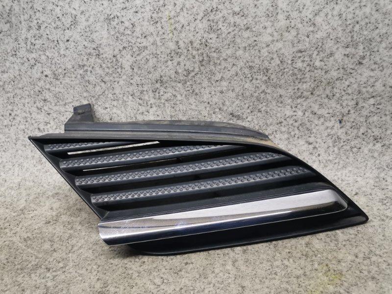 Решетка радиатора Nissan Primera TP12 передняя правая