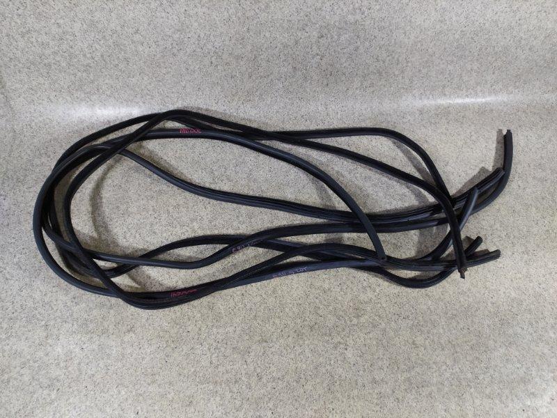 Уплотнение дверное Bmw 3-Series E90