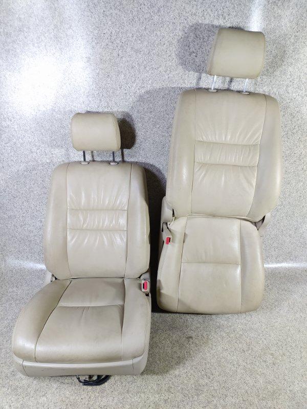 Сидение Toyota Alphard ATH10