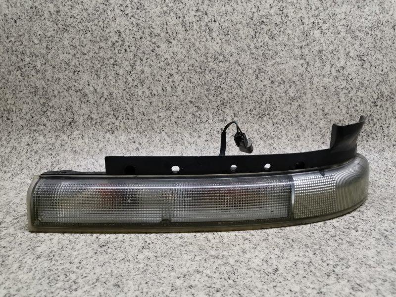 Габарит Mitsubishi Canter FB50A передний правый