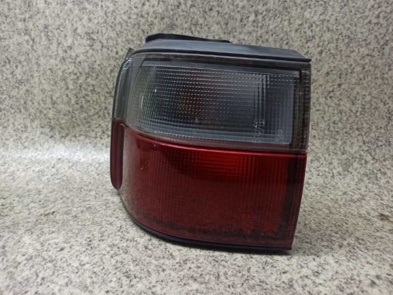 Стоп-сигнал Mitsubishi Delica PD8W задний левый