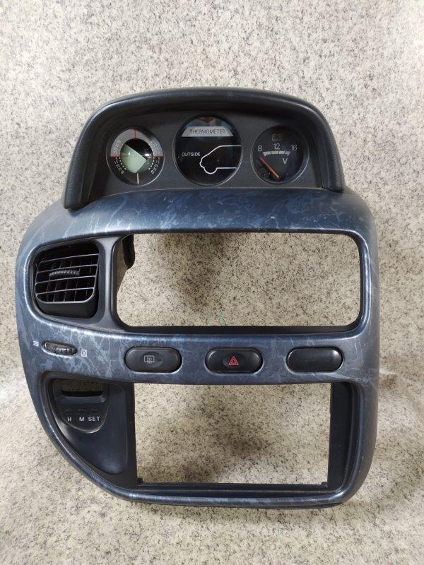 Консоль магнитофона Mitsubishi Delica PE6W