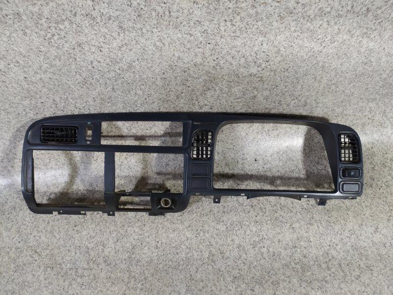 Консоль магнитофона Mitsubishi Canter FB500