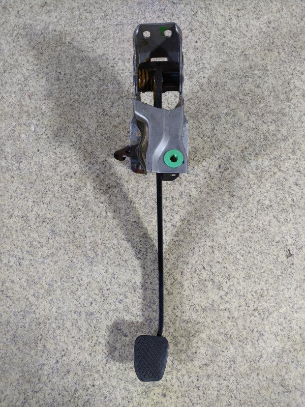 Педаль сцепления Honda Fit GD3