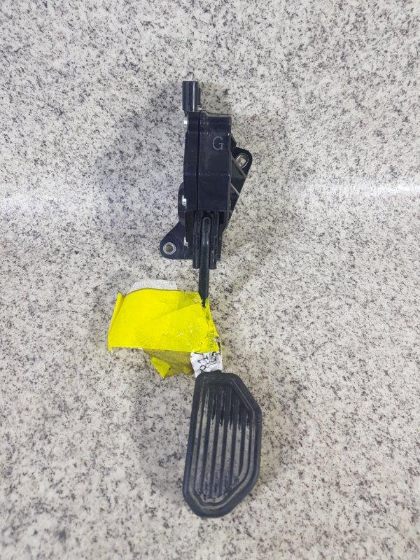 Педаль подачи топлива Toyota Vanguard ACA38