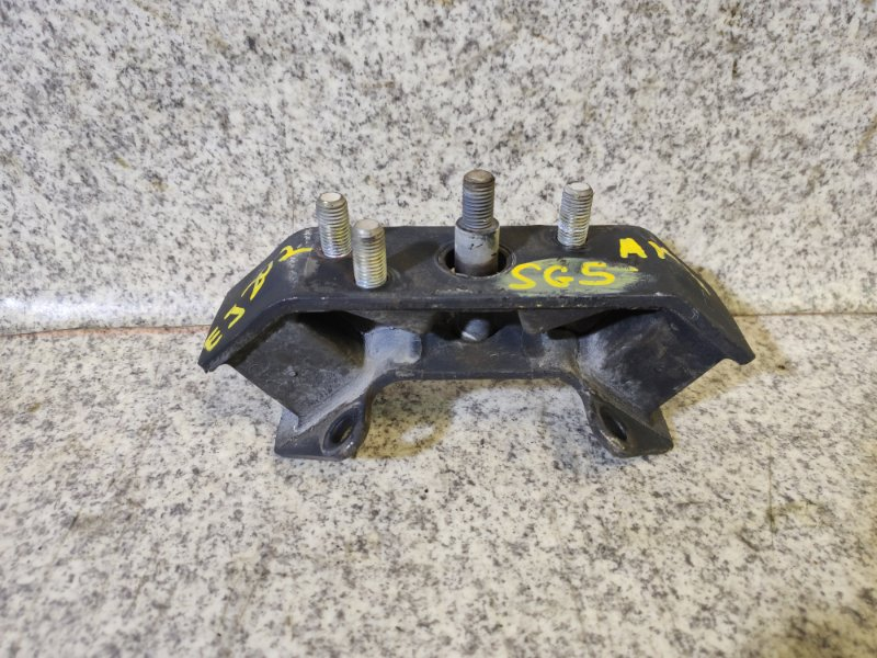 Подушка кпп Subaru Forester SG5 EJ202