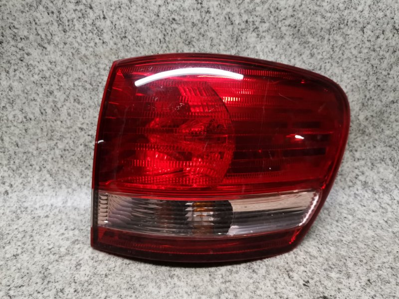 Стоп-сигнал Toyota Ipsum ACM26 задний правый