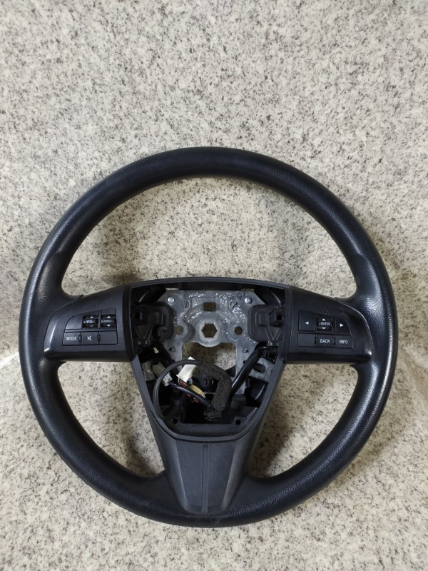 Руль Mazda Axela BLEFW