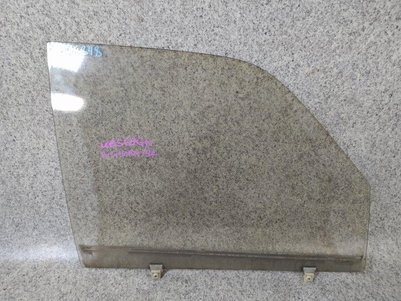 Стекло двери Isuzu Bighorn UBS69GW 4JG2T 1994 переднее правое