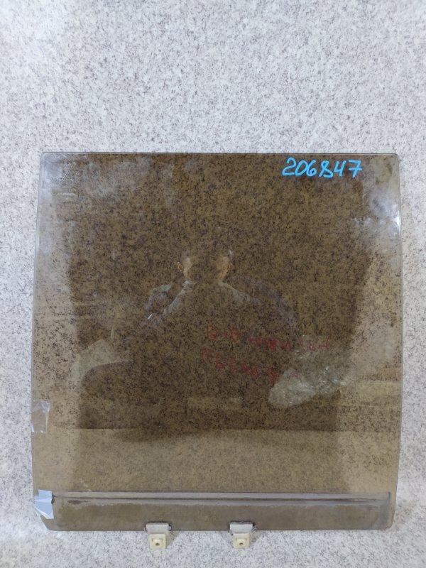 Стекло двери Isuzu Bighorn UBS69GW 4JG2T 1994 заднее правое