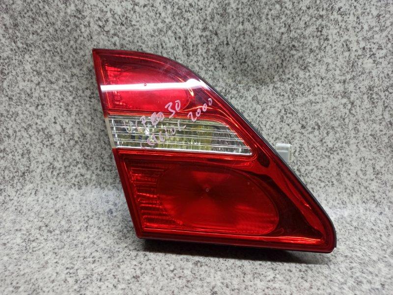 Вставка между стопов Toyota Celsior UCF30 задняя левая
