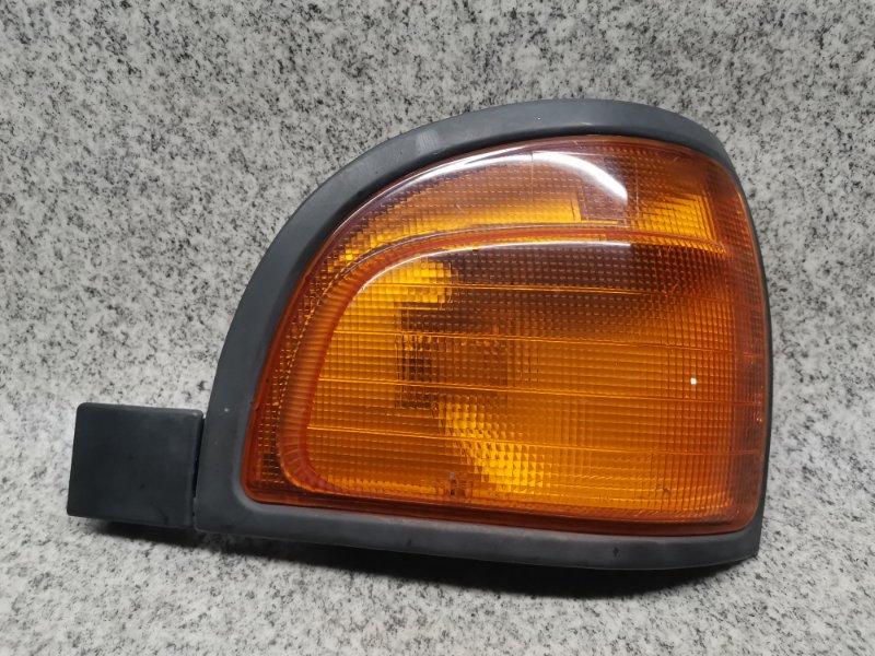 Габарит Toyota Lite Ace KR27 1996 передний правый