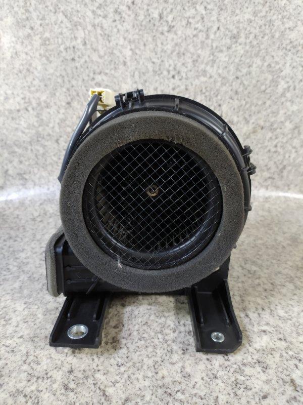 Мотор охлаждения батареи Toyota Aqua NHP10