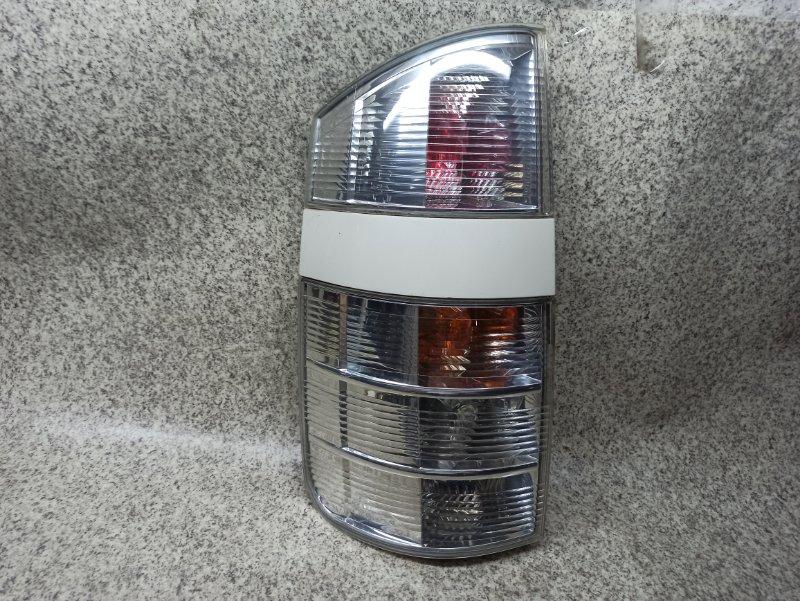 Стоп-сигнал Toyota Voxy AZR60 задний левый
