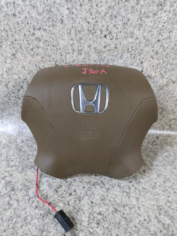 Airbag водителя Honda Elysion RR1 2005