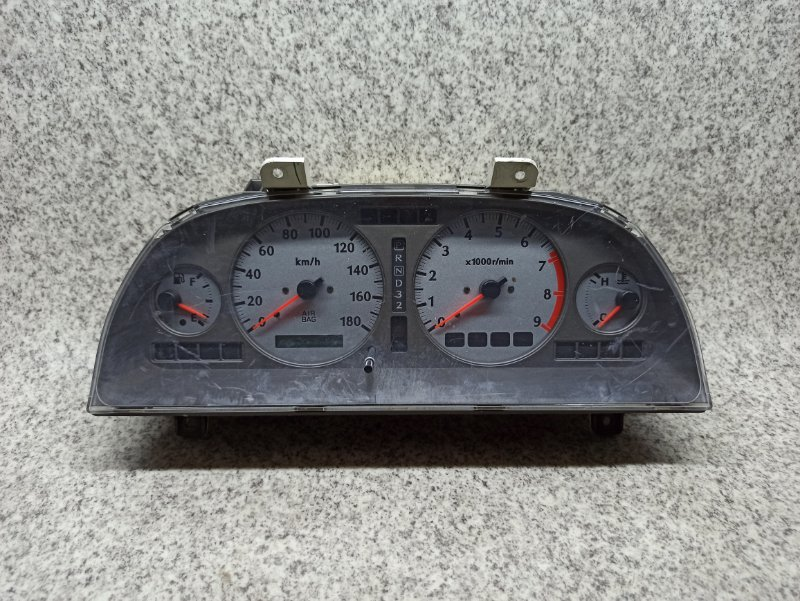 Спидометр Nissan Stagea WGNC34 RB25DET