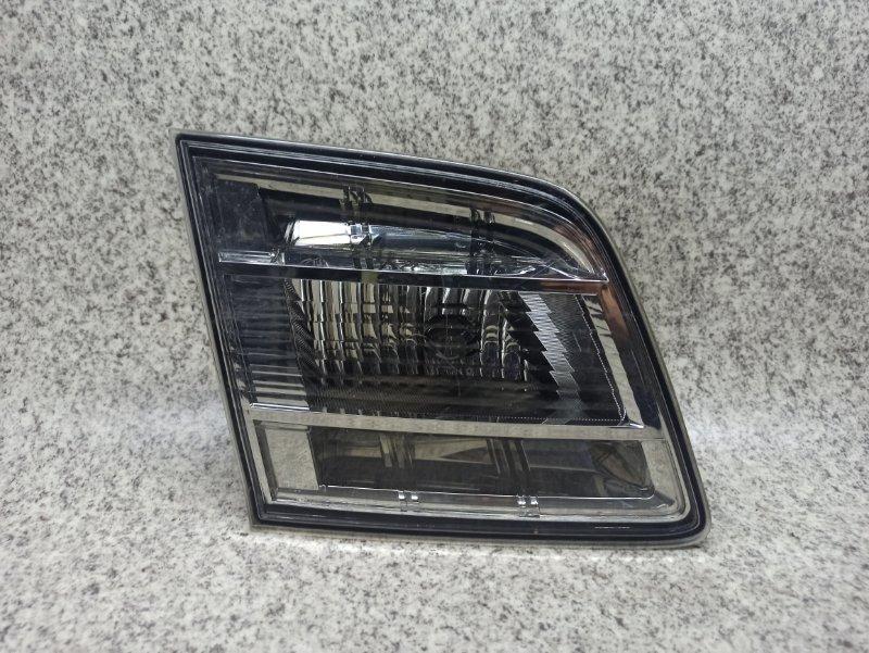 Вставка между стопов Mazda Mpv LY3P задняя левая