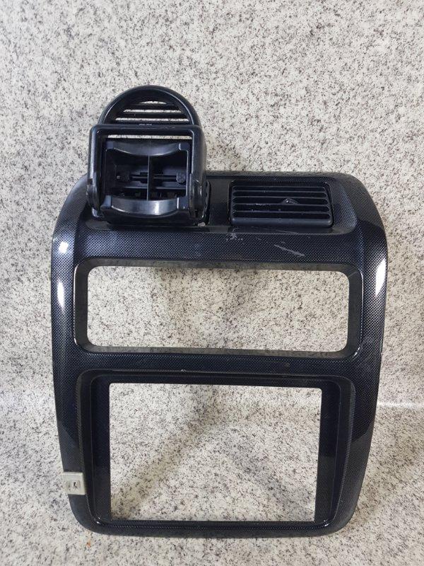 Консоль магнитофона Toyota Noah CR50