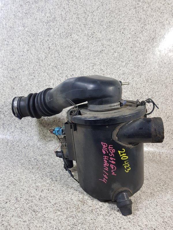 Корпус воздушного фильтра Isuzu Bighorn UBS69GW 4JG2 1994