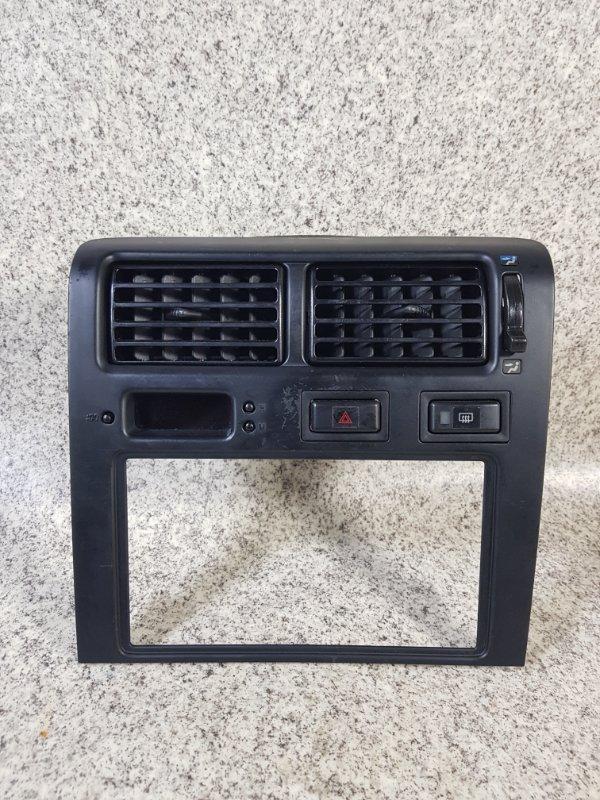 Консоль магнитофона Toyota Corona ST190