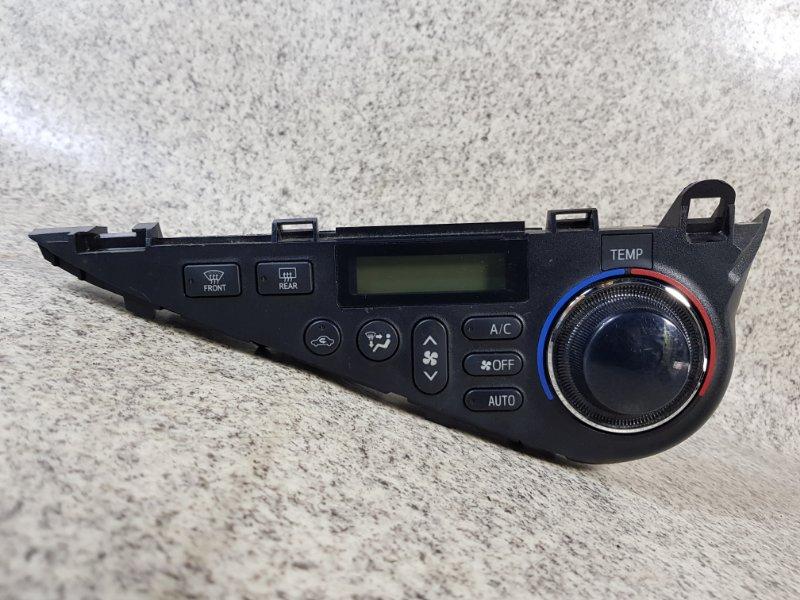 Климат контроль Toyota Aqua NHP10