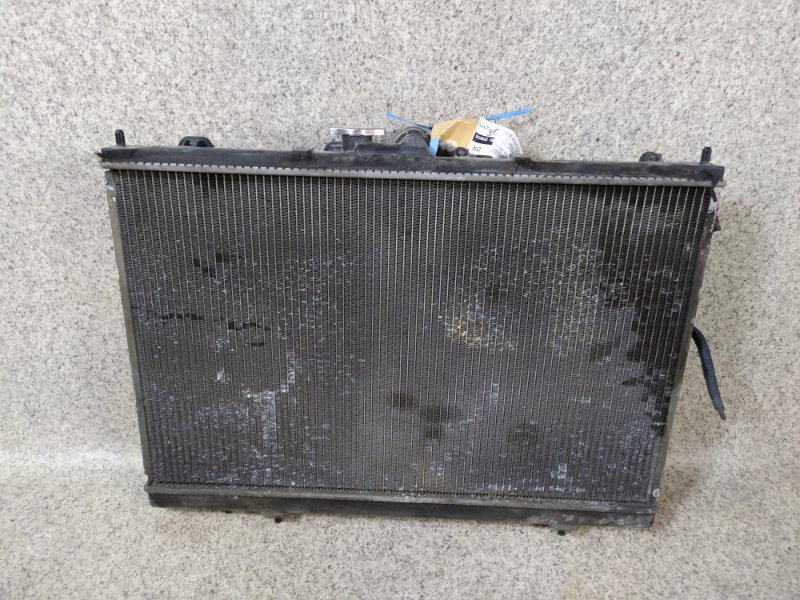 Радиатор основной Mitsubishi Chariot Grandis N84W 4G64 2001