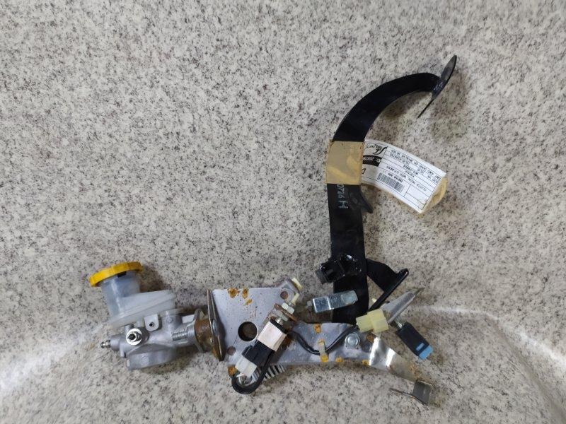 Педаль сцепления Subaru Impreza GH3 EL15 2010