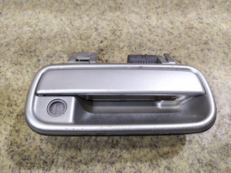 Ручка двери Toyota Hilux Surf VZN185 5VZ-FE передняя правая