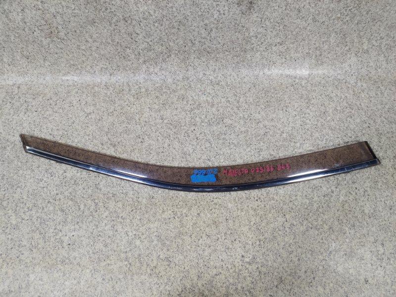 Ветровик Toyota Crown Majesta UZS186 передний правый