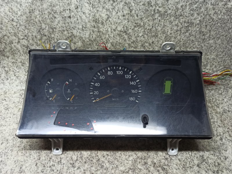 Спидометр Toyota Hiace LH103 3L 1997
