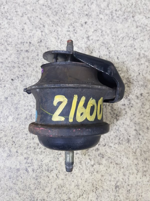 Подушка двигателя Nissan Fuga Y50 VK45DE