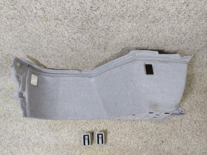 Обшивка багажника Toyota Harrier ACU30 задняя правая