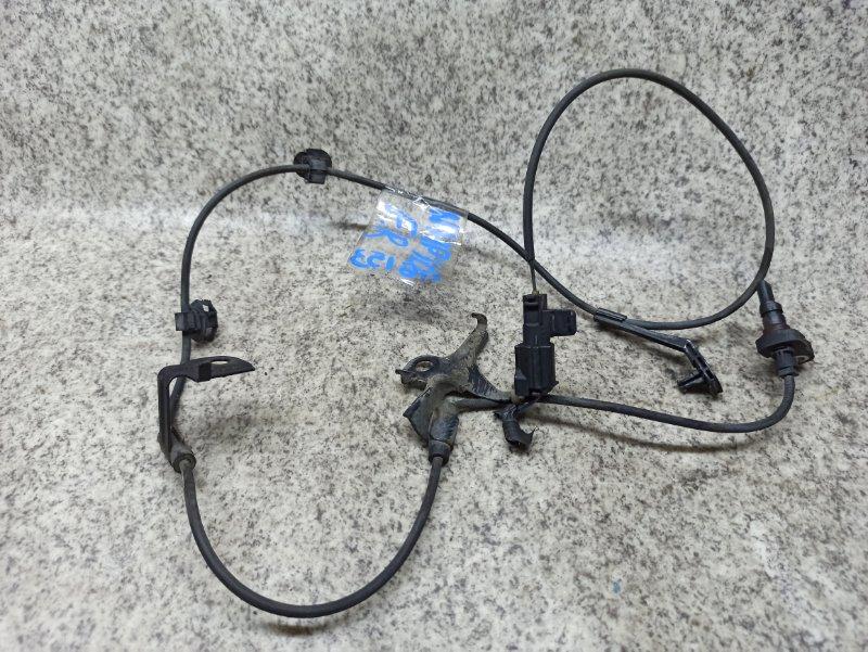 Датчик abs Toyota Aqua NHP10 передний правый