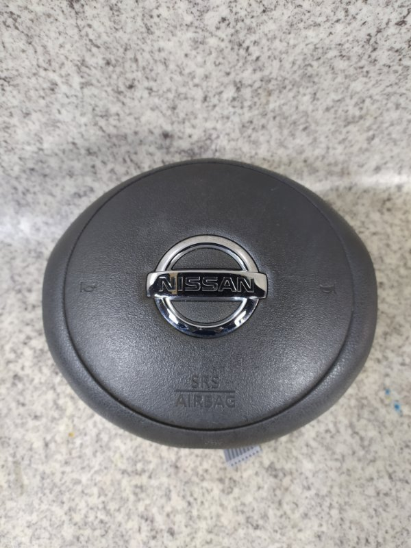 Airbag водителя Nissan Cube Z12 2010