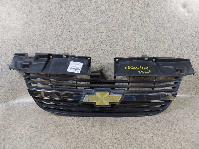 Решетка радиатора Suzuki Chevrolet Cruze HR52S передняя