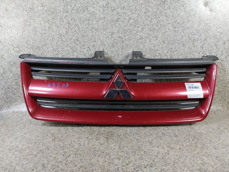 Решетка радиатора Mitsubishi Dion CR6W передняя