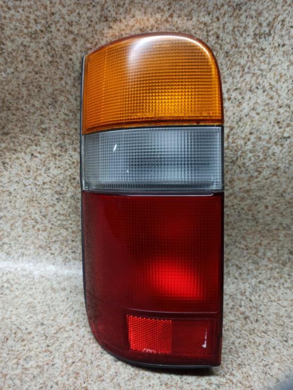Стоп-сигнал Toyota Hiace TRH124 2005 задний левый