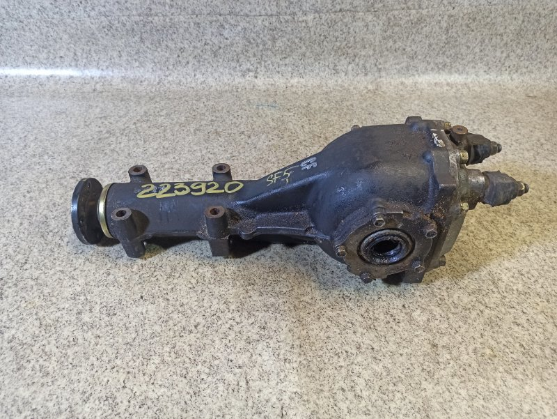 Редуктор Subaru Forester SF5 CF задний