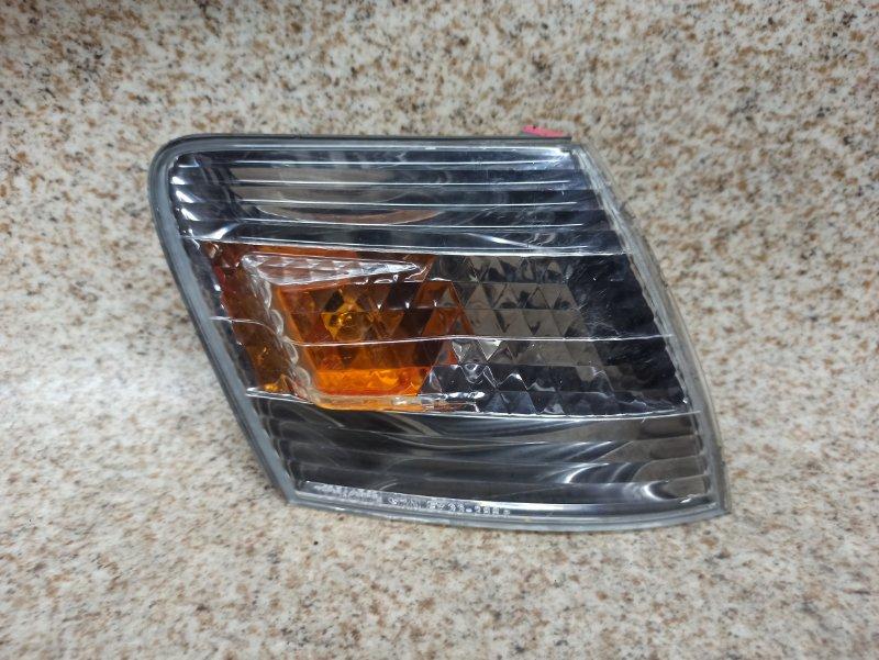Габарит Toyota Cresta GX100 передний правый