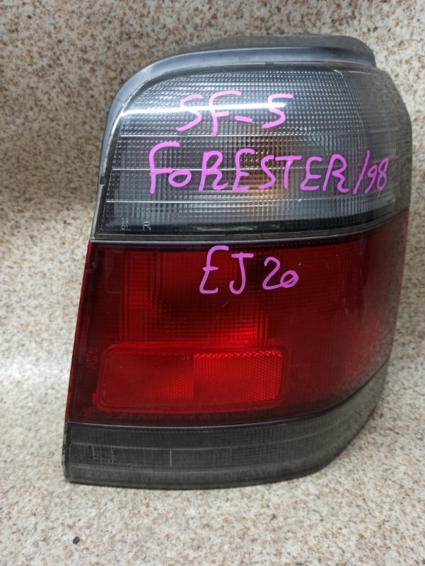 Стоп-сигнал Subaru Forester SF5 1998 задний правый